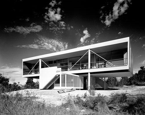 Julian Rose House, (1949) Wahroonga, #Sidney, #Australia Harry Siedler   #100x100masterhouses #Arquitectura #Architecture #design #house #masterpiece #bnwpic.twitter.com/o2FI2OoAvo