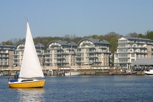 Photo By merditz61   Pixabay - via @Crowdfire    #sailboat #harbor #flensburg #travellers #travelmore #travellingthroughtheworld #travellover #travelgoalspic.twitter.com/WXGfgxUSSI