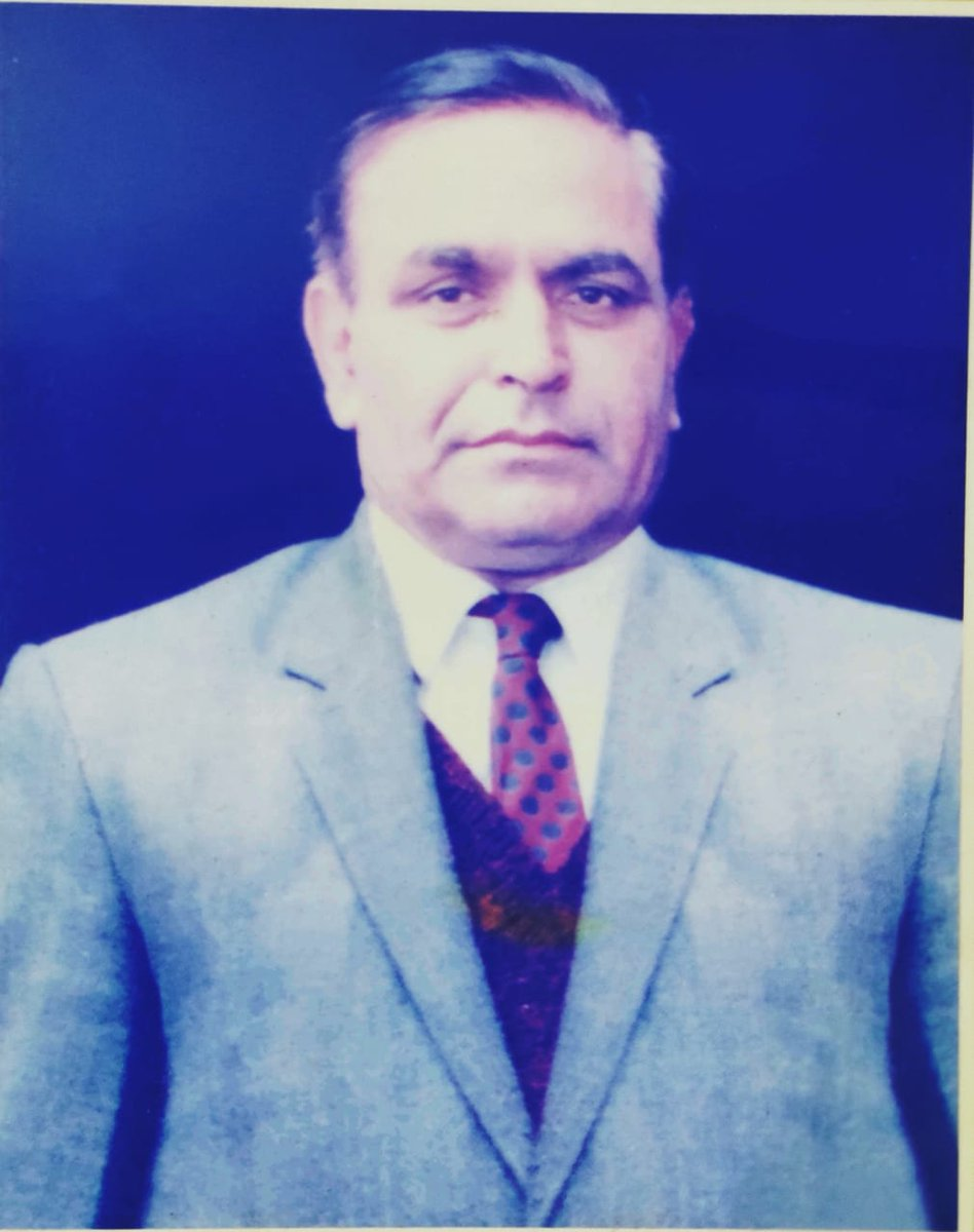 Dear PAPA,  Your High Ideals and Principles continue to Inspire us every day to work hard and lead a Happy satisfied life.   You are Missed every moment  I Miss you Papa.   Capt. Darshan Lal Khanna Additional Excise and Taxation Commissioner, Punjab April 2, 1938 - August 8, 2004 https://t.co/Y5B995EHnF