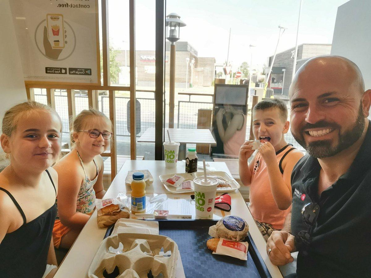 We're lovin it!  Mum dropped off for #firstaidtraining at Wilburton.... Cheeky Maccy's breakfast. #saturdaymorning #familytime #mcdonaldsbreakfastpic.twitter.com/fsccFV0BlZ