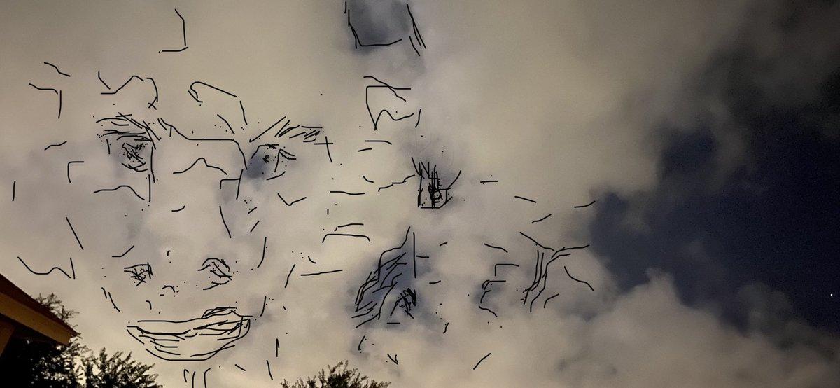#صباح_الخير some weird pics of the clouds. pic.twitter.com/RWTZATQq2P
