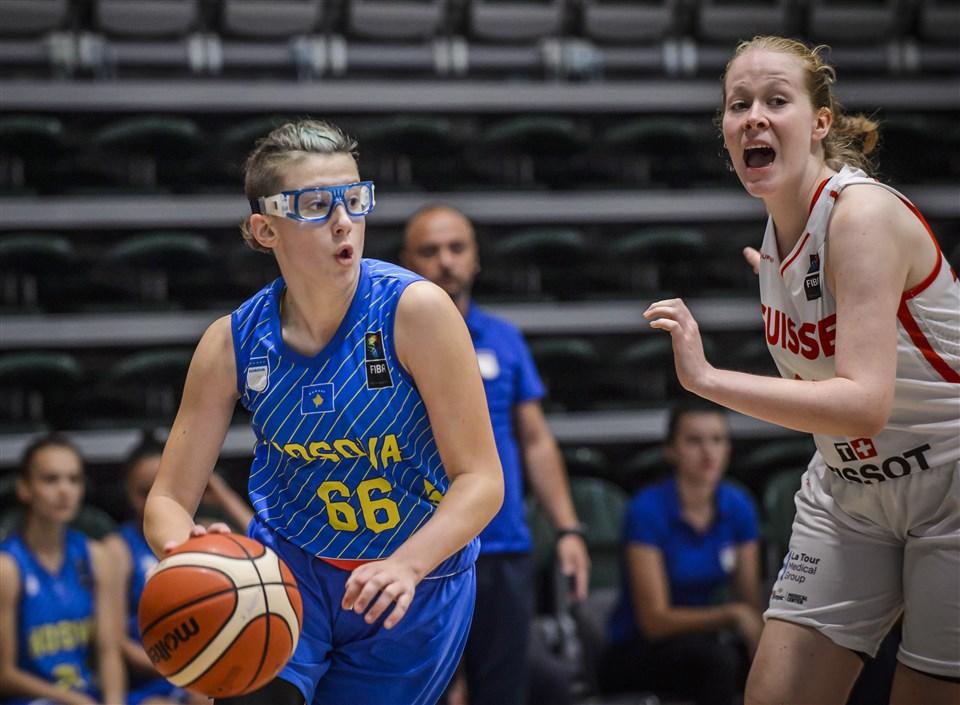 Conocemos muy bien a una de las jugadoras citadas en este artículo . ¡Habrá nuevas oportunidades pronto, Astera  !  #FIBAU16Europe    https://bit.ly/31zs8zF @FIBA pic.twitter.com/QqdzPQg1MW