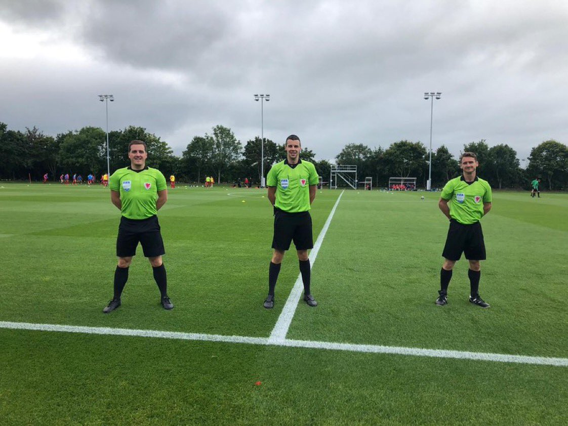 Referee Rob Jenkins, leads a match official team today that includes Lewiss Edwards & Ian Bird in the preliminary round of the @ChampionsLeague in Switzerland. Theres so many wonderful experiences potentially waiting for you and the journey starts at BecomeARef.Wales.