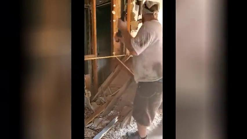 Video | Demolition Man http://www.bildschirmarbeiter.com/video/demolition_man/?utm_source=bit.ly&utm_medium=twitter…pic.twitter.com/KgUj2HeUrP