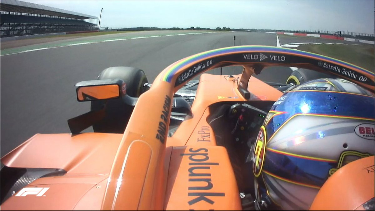 𝐋𝐚𝐧𝐝𝐨 𝐍𝐨𝐫𝐫𝐢𝐬 𝐞 𝐚 𝐝 𝐬  The @McLarenF1 driver is +0.078 seconds ahead of Lewis Hamilton at the top  #F170 🇬🇧 #F1 https://t.co/TxWdBNr3s5