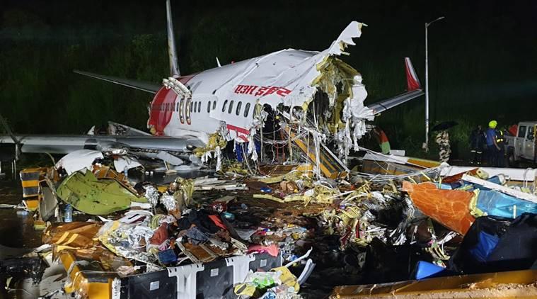 ► VIDEO: Covid-19 repatriation plane crashes on landing in India irishtimes.com/news/covid-19-…