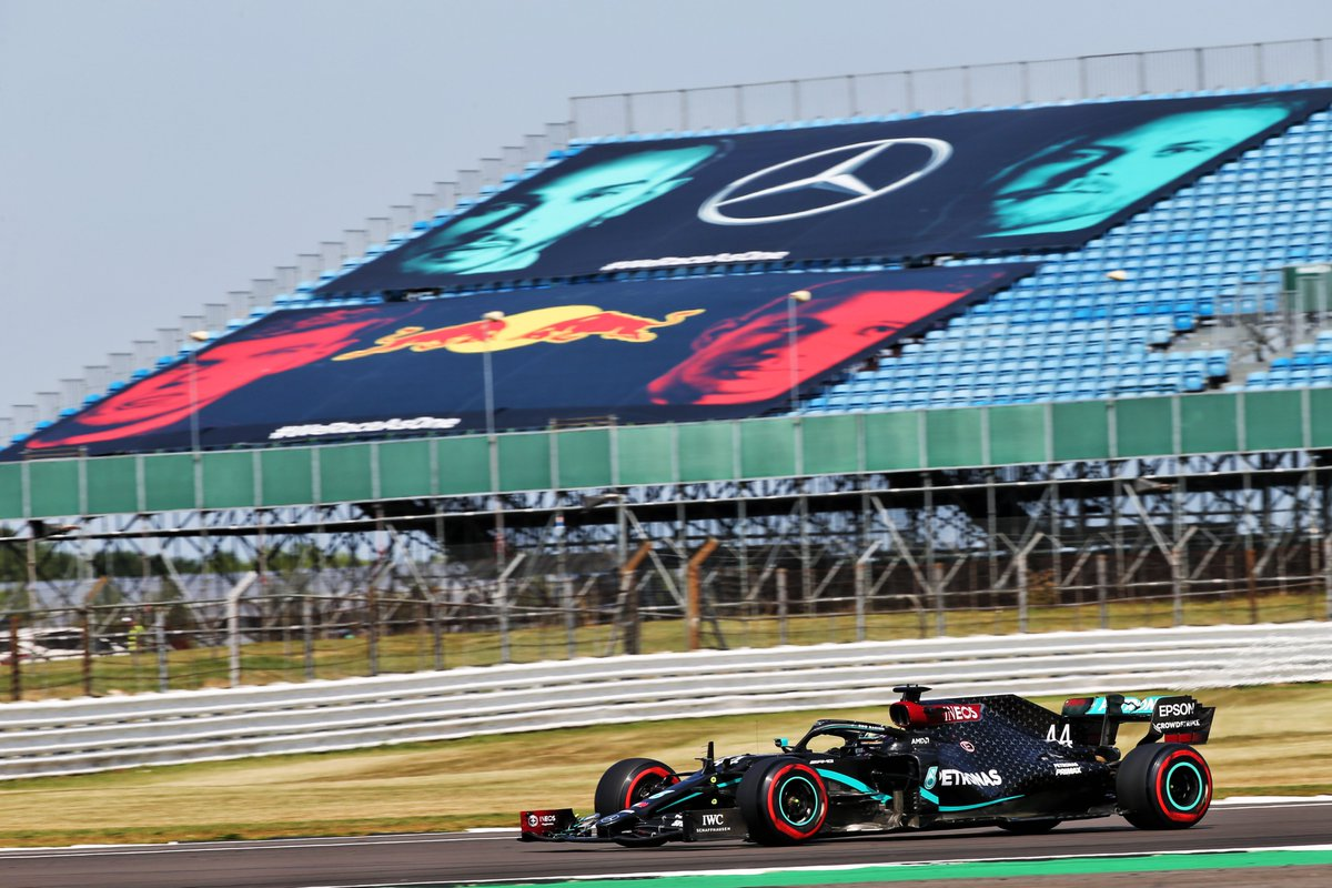 💨@LewisHamilton is fastest in FP3, closely followed by @ValtteriBottas and @LandoNorris !  Up Next - Qualifying @ 14:00 🏁   #F170 #F1 https://t.co/4wamMpH53I