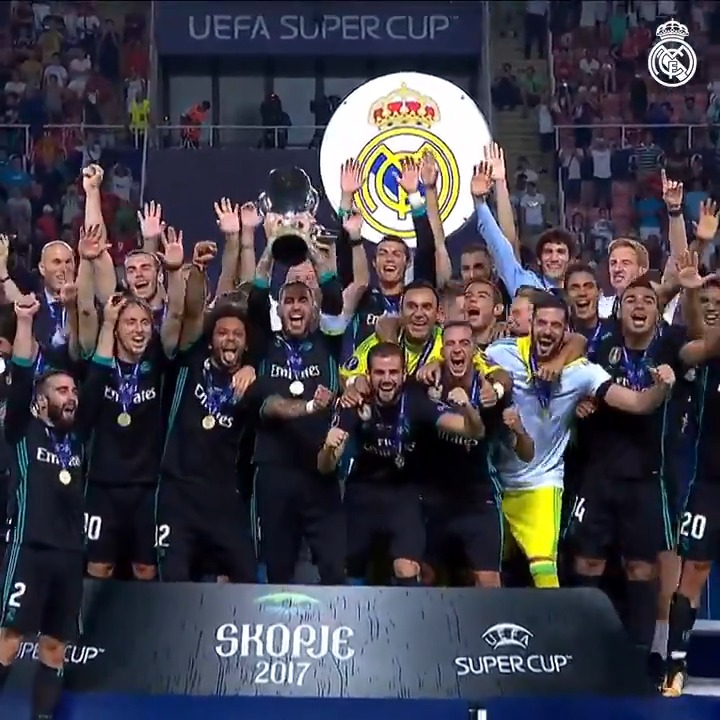 🏆🙌📺 ¡Revive con nosotros la 4️⃣a Supercopa de Europa, conseguida tal día como hoy en 2017! 👉 @RealMadrid 2-1 @ManUtd_Es ⚽ @Casemiro 24' ⚽ @isco_alarcon 52' #RMHistory | #RealFootball https://t.co/jjiJykfBkx