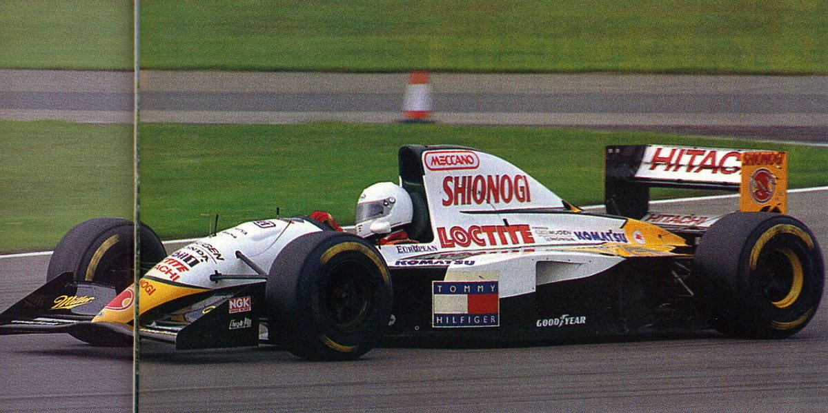 Philippe Adams with the Lotus 109 at Silverstone.. such a shame Team Lotus had only one shot for a bright future during the race at Monza.   They took it.. but Irvine (iirc) ruined it and Herbert had to start with the T-car. #F1 #Formula1 #Formule1 #RetroF1 https://t.co/C3u82UQdGL