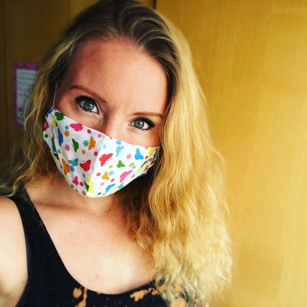 Off delivering masks for mummykins! Sporting my very own 🦋! x    #HandMadeMasks #ILoveButterflies #MaskDelivery #MyMumMakesMasks #CleverMummy https://t.co/SU8eMBar84