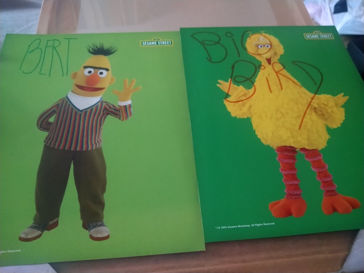 Next is the funniest (kind of) success Ive had, I wrote to Frank Oz and Caroll Spinney to say how much I loved their work on the Muppets and Sesame Street, and asked for their autographs. They both sent these back, I couldnt help but laugh when I opened the letters 😂 😂 😂