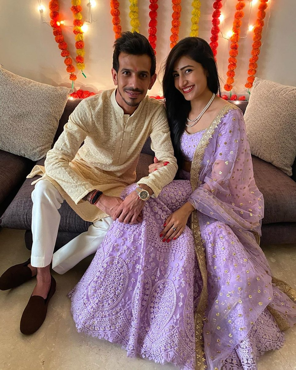 India leg-spinner @yuzi_chahal announced his engagement to choreographer #dhanashreeverma with an Instagram post on Saturday.  #INDIANCRICKETER #indianteam #ringceremony #YuzvendraChahal #Celebrationspic.twitter.com/tMnY5FII5J