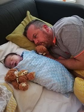 Kristian lost Stanley to #CDH in June 2019. Kristian has shared his story of child loss with us as part of our #ShareYourStory series and you can find out more about Stanley and their story by following the link below https://bit.ly/3hJBuQapic.twitter.com/JLg2q2W5Q6