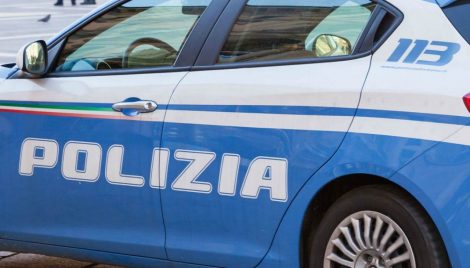 In auto con cento chili di hashish, arrestato corriere della droga in via Messina Marine - https://t.co/k6hXADLSUl #blogsicilianotizie