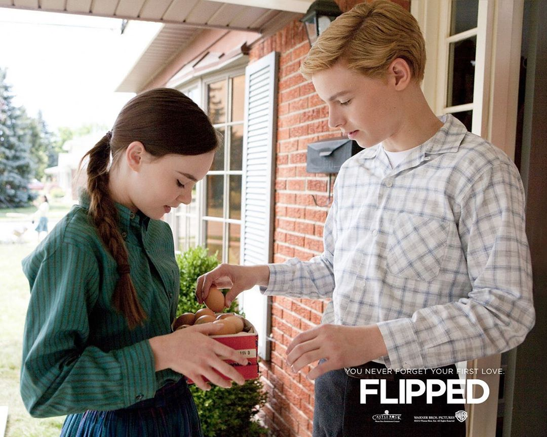 "10 YEARS AGO TODAY RELEASED ""FLIPPED"".  #movies #moviescene #flipped #madelinecarroll #callanmcauliffepic.twitter.com/xdffzRo3JJ"
