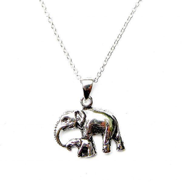 Elephant and Baby Necklace £ 12.99 https://pooo.st/PFwEZ #currentlywearing, #shoppingaddictpic.twitter.com/McrAy3uUuq
