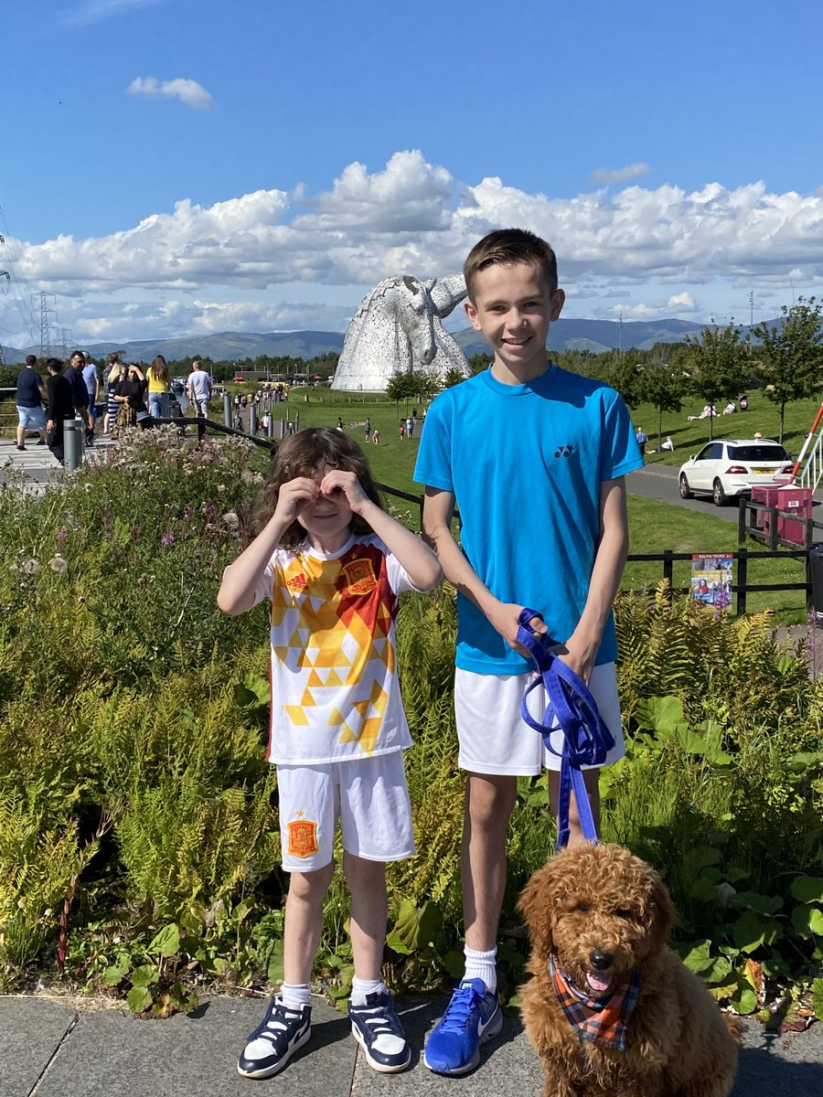 Great day ⁦@DiscoverKelpies⁩ with the 3 boys today! What a country we have. #LoveScotland pic.twitter.com/wyJzcKGjp5