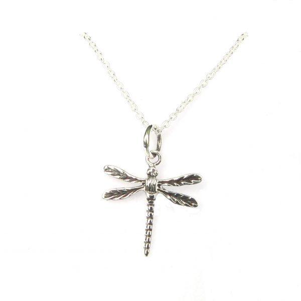 Dragonfly Dainty Necklace £ 15.99 https://pooo.st/p7jiZ #currentlywearing, #shoppingaddictpic.twitter.com/poaVGFkqDJ