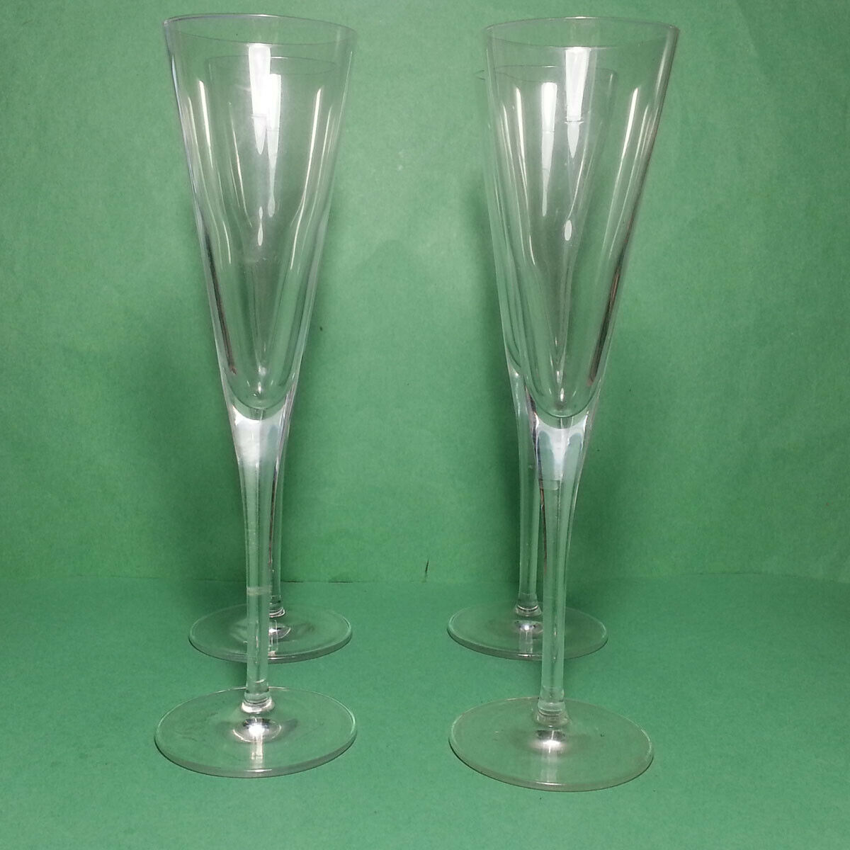 Sale $67.50 https://ebay.to/2Z3sYTC  #Champagne #flute 150ml #crystal Set of 4pic.twitter.com/qvxXLSM7e6