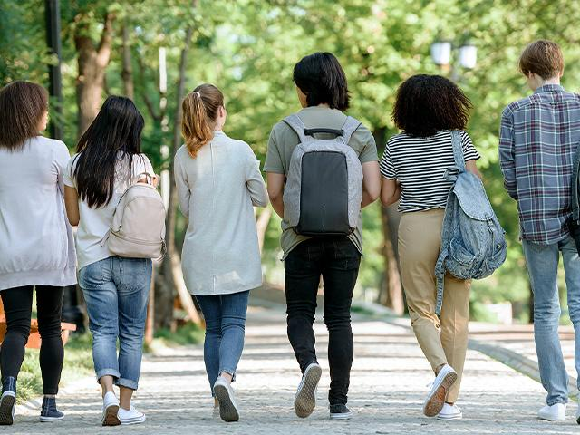 New Website Helps College Students Find a Christian Community to Join https://www1.cbn.com/cbnnews/2020/august/new-website-helps-college-students-find-a-christian-community-to-join… #ChristianNews #Faith #CollegeMinistry #StudentMinistry pic.twitter.com/6VgpqCXZJk