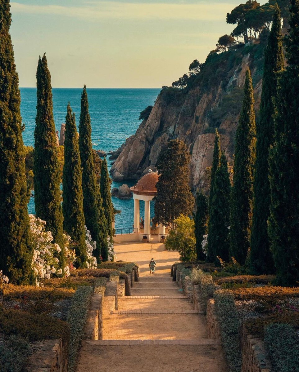 Marimurtra Botanical Garden, Blanes, Spain 🇪🇸 via: wanderingmadman https://t.co/LsKzdJJNc9