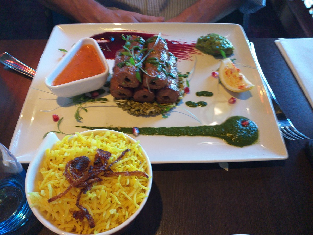 @IndieSpiceGrill congrats stunning food in #Sandymount #MasterPiece #GreatFood.pic.twitter.com/S2n6Ptzu8i