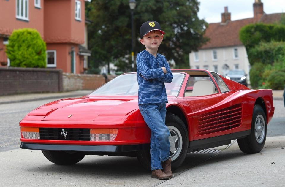 This replica of a Ferrari Testarossa for children can be had at cost of around £75,000. It's exactly half the size of a real one, exclusively designed in the 80's for Harrods of Knightsbridge at a cost of £35,000. Only 3 of these were created. https://t.co/hAoNQBfcoe