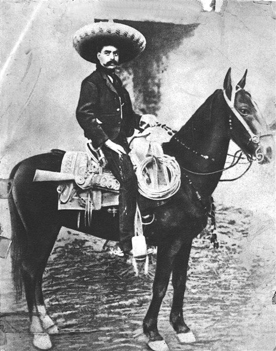 Un 8 de agosto de 1879 nace el líder revolucionario morelense Emiliano Zapata. #FelizSábado #UnDíaComoHoy #Efemeride https://t.co/b03kdI4iIk