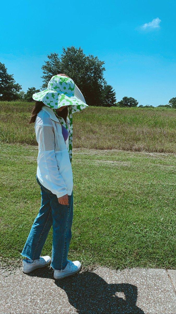 Wear sunscreen ✌🏼 https://t.co/zQv7Mv1pYH