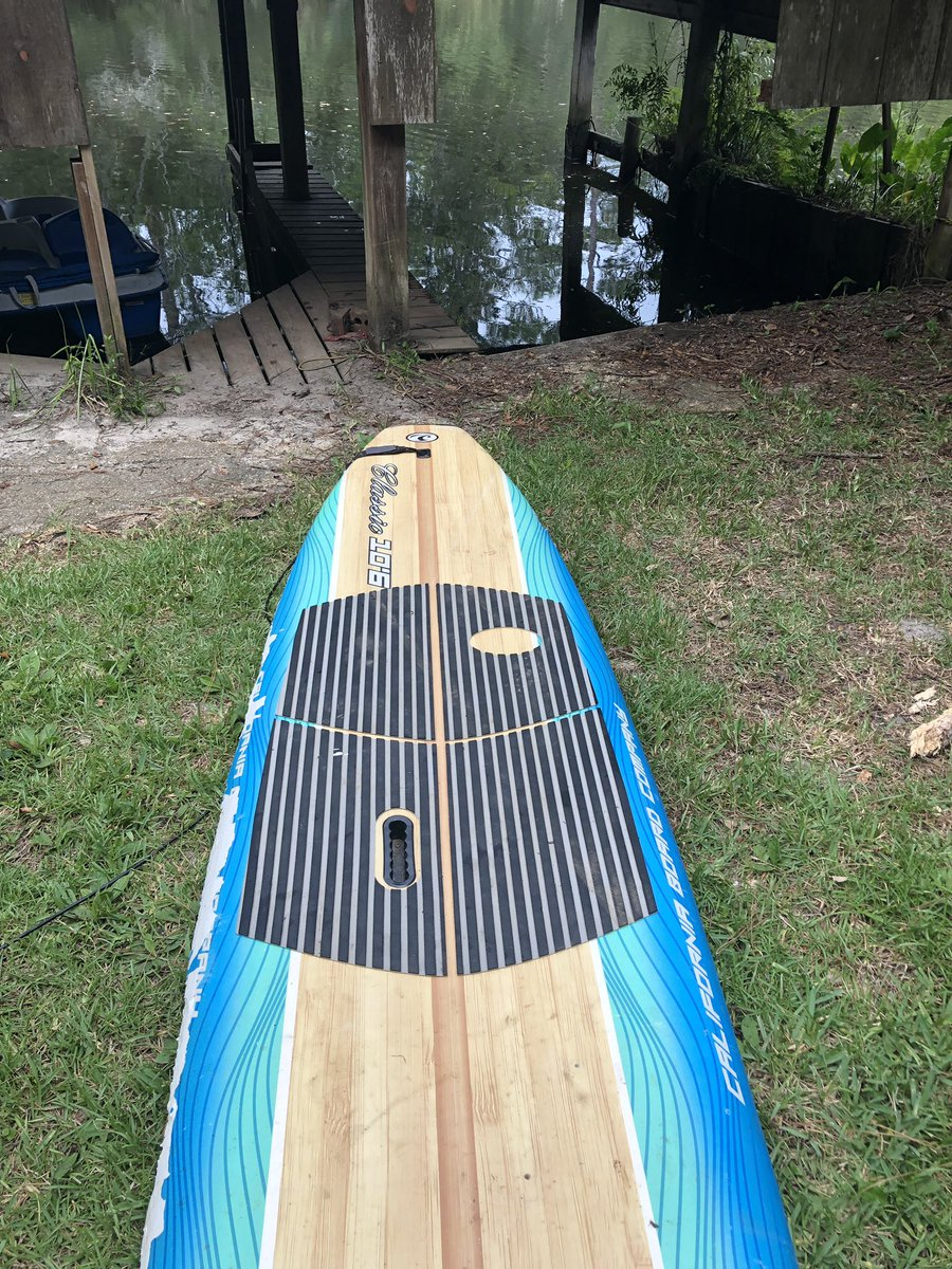 Good day paddleboarding pic.twitter.com/rkbE7NQBXx