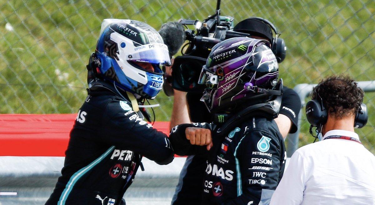 Marcando el mejor tiempo de Q2, Bottas logró el récord de ser el piloto con más apariciones consecutivas en Q3 de la historia en la F1 con 67.  Superó la marca de 66 que Hamilton logró en el GermanGP 2018.  Bottas no se pierde una Q3 desde Australia en 2017, su debut en Mercedes. https://t.co/yyUY7uDsua