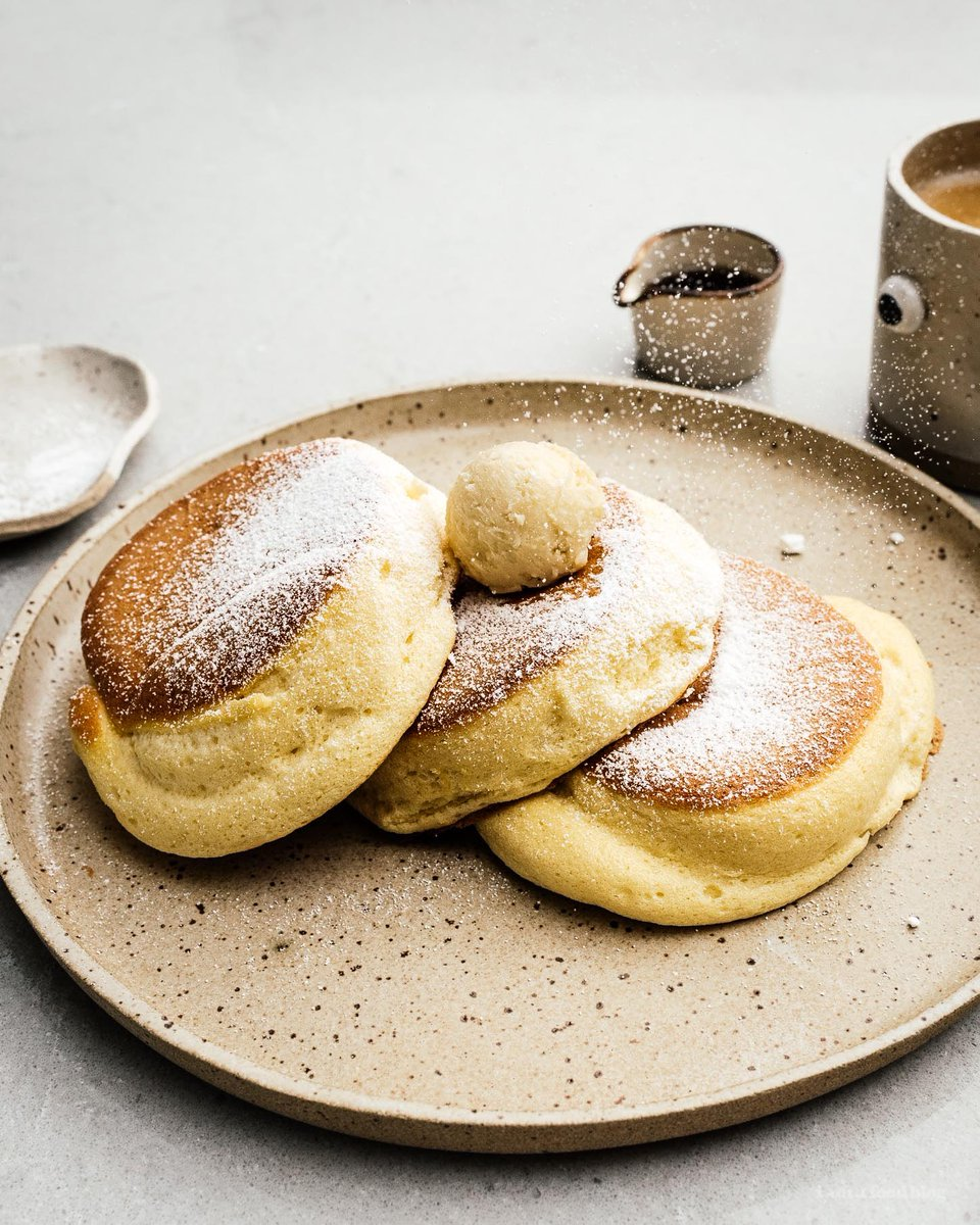 We made some fluffy japanese pancakes this morning! Pretty spot on, I think!