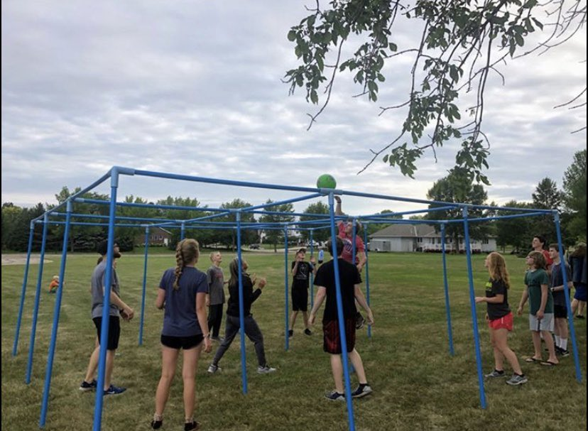 Living Hope Students getting their game on!  . #9SquareInTheAir #besafe #cantstopwontstop #BestGameEver #Covid19 #studentministry #campgames #community #wemissyou #family #ciyxme #summer #summertimepic.twitter.com/zMPbJ8c96l