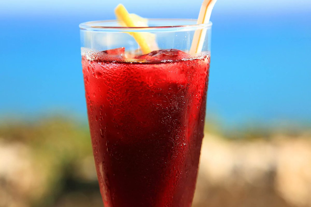 This agua fresca recipe yields a product that's similar to cranberry juice. #healthy #beverages  http://cpix.me/a/102572182pic.twitter.com/t2DhxBFkcL