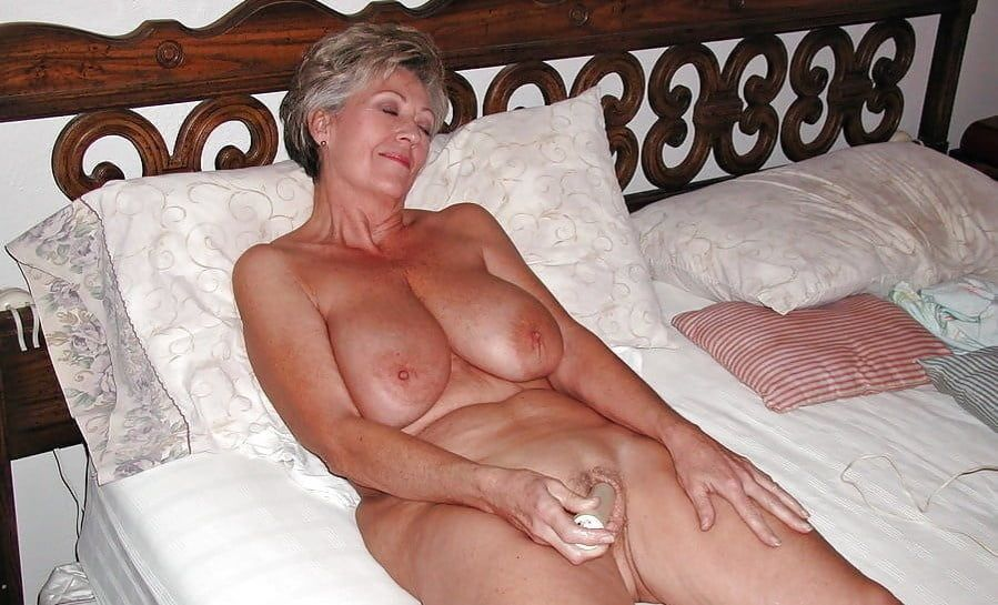 Big sexy granny tits squirts free porn images