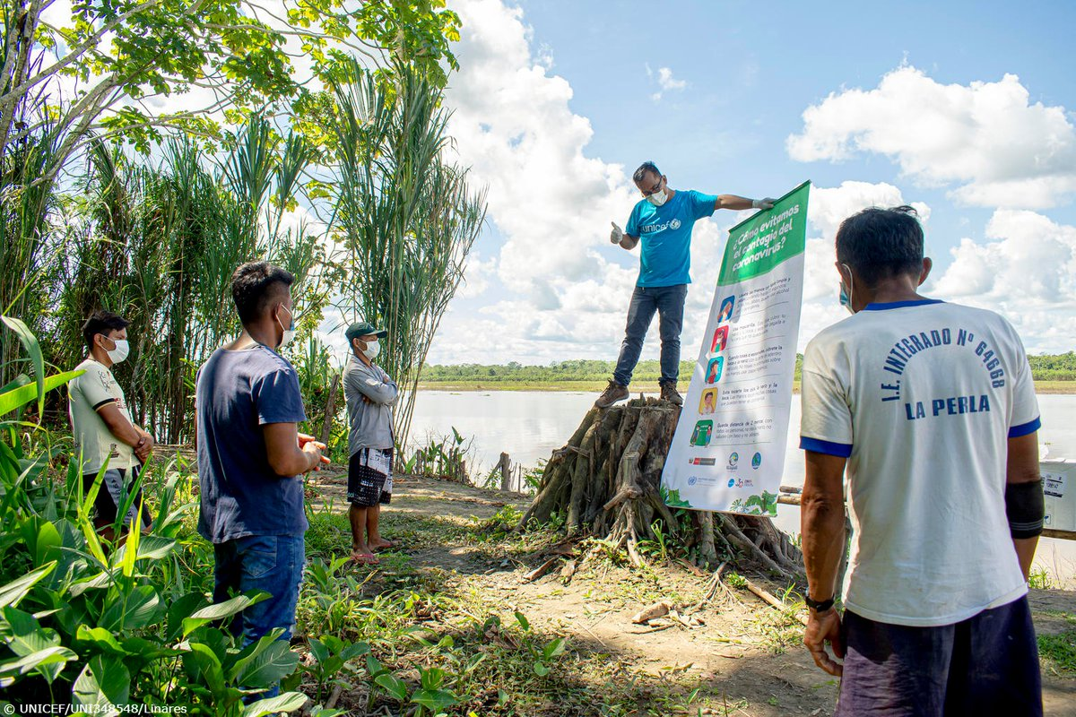 Our colleague Fredy discusses safe hygiene practices with indigenous community leaders in the Peruvian Amazon. Governments and partners must consider indigenous languages, cultures, knowledge and practices to reach everyone during the #COVID19 response. #IndigenousPeoplesDay