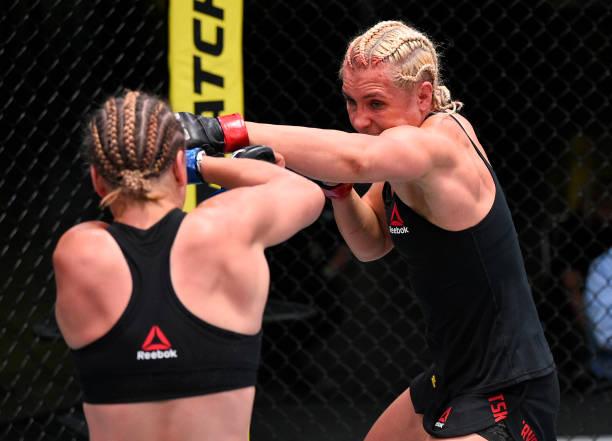 @YanaKunitskaya1 se llevó una dominante victoria por la vía de la decisión unánime (30-26,30-27,30-27). #mma #ufc #ufconespn #ufcfightnight #UFCVegas6 https://t.co/1VdrGc19NX