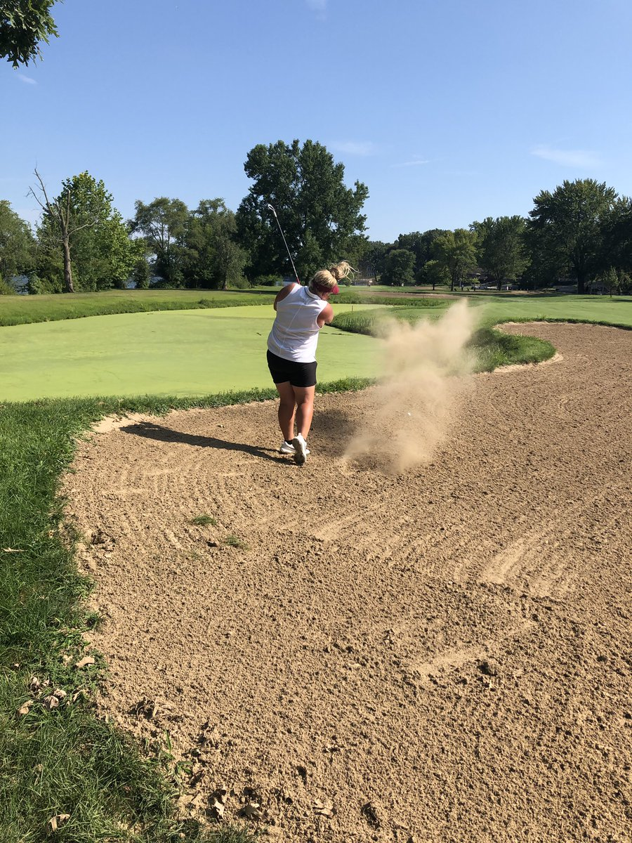 Hannah Heimbach smashes one from the fairway bunker #nofear pic.twitter.com/XwNCPLSPLu