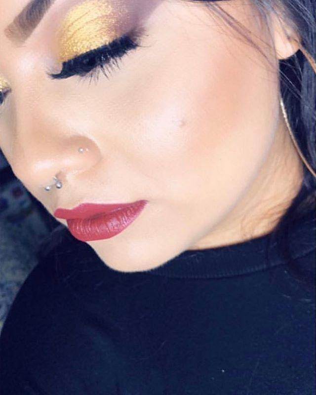 Your beauty is inside  Eyes : My TEyes Shop now  Link in the bio  #mytubescosmetics #makeupdolls #makeuponpoint #beauty #makeup #instaglam #makeupart #lipsticks #eyeshadow #eyelashes  #makeuponfleek #beautycommunity #makeuptutorial #makeupinspiration #makeuploverspic.twitter.com/1r7fDLfxyg