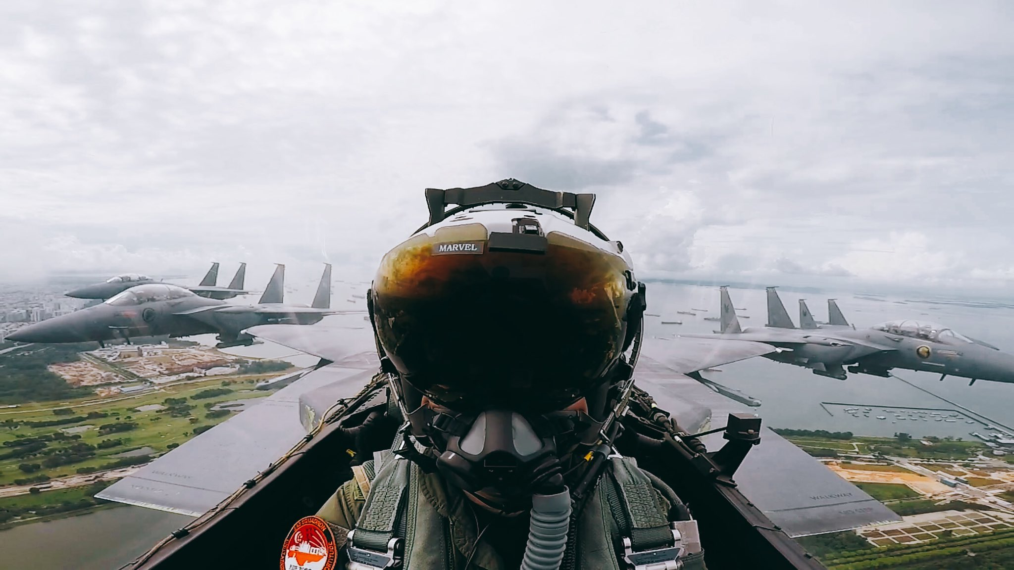 Forces armées de Singapour/Singapore Armed Forces (SAF) - Page 13 Ee8vw8FVoAEKHcQ?format=jpg&name=large