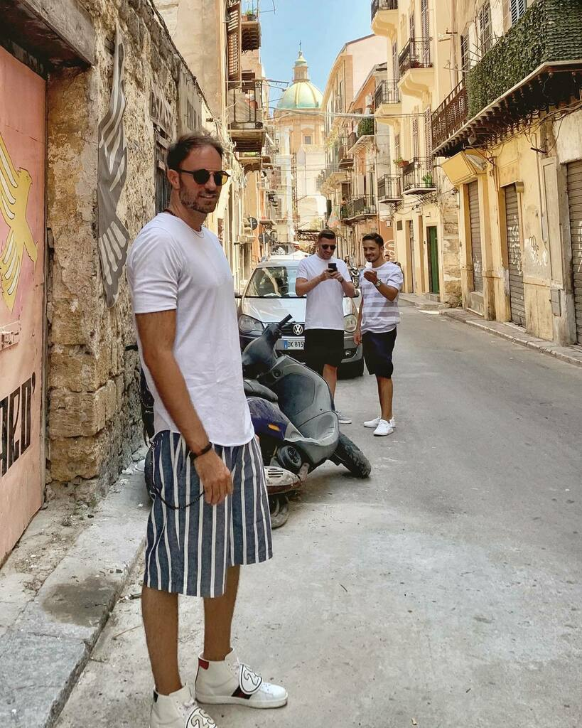 Sneaky Friends in #Palermo #Sicily #Italy #letsguide #MeetTheWorld #TravelMore #welltravelled #letsgosomewhere #exploremore #bestvacations #travelstoke #thehappynow #whatsinmybag #howitravel #wheninroamspic.twitter.com/EGiQNiJxOJ