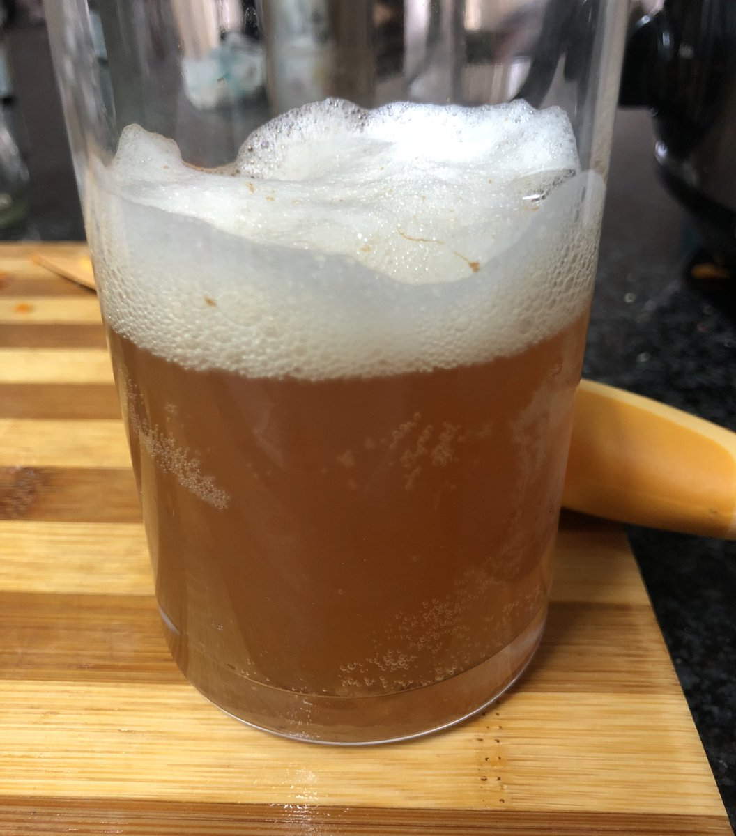 If you add a citrus fruit to your kombucha brew you can accidentally make beer pic.twitter.com/DV6fTgKm1Q