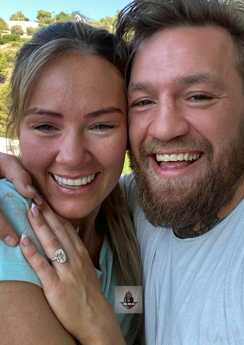 "Conor McGregor (@TheNotoriousMMA) has announced that Dee Devlin will be his ""future wife"".💍  Future Mrs.Mcgregor and Mr.Mcgregor! Congrats! 🥰  #MMA https://t.co/MXQ4HaQj0p"