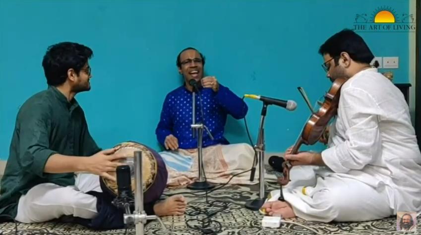 #Vel_Pooja Super @aravindsounder that was a superb rendition of Kaliyuga Varadan Kankanda Daivamayi #TamilBhaktiSangamam #VelunduVinayillai https://t.co/e3oZaiynwv