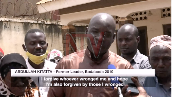 Abdullah Kitatta, the former Patron of the group known as BodaBoda 2010 has asked for forgiveness from whoever he wronged but lashed out at some critics whom he thinks are jealous of his progress. #NTVNews https://zionly.io/Kitata-release?utm_medium=social&utm_source=twitter_ntvuganda…pic.twitter.com/VVQHYQH5sG