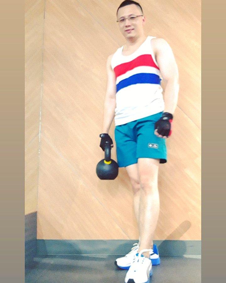 Kettle bell workout . . #kettlebell #workout #fitness #fitnessmen #fitmenpic.twitter.com/xosriYcIc1