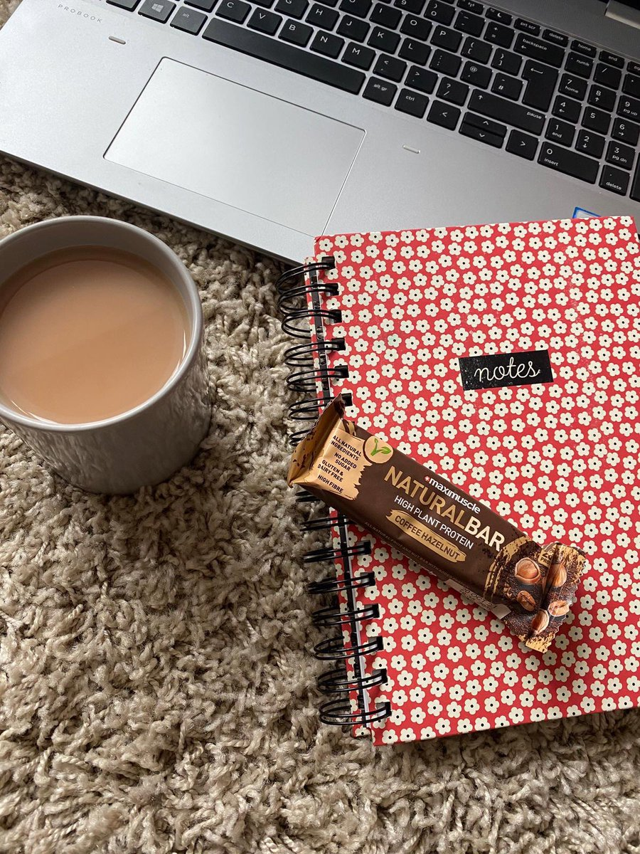 Mid-morning snacks!! 🤤  The natural bars have got to be a firm favourite 🌟  ✅ High Fibre ✅ 8g Protein ✅ No Added Sugar ✅ 100% Natural Ingredients ✅ Vegan ✅ 3 Delicious Flavours  #delicious #nutrition #plantbased #veganfood #snacking https://t.co/gAHefRtGbA