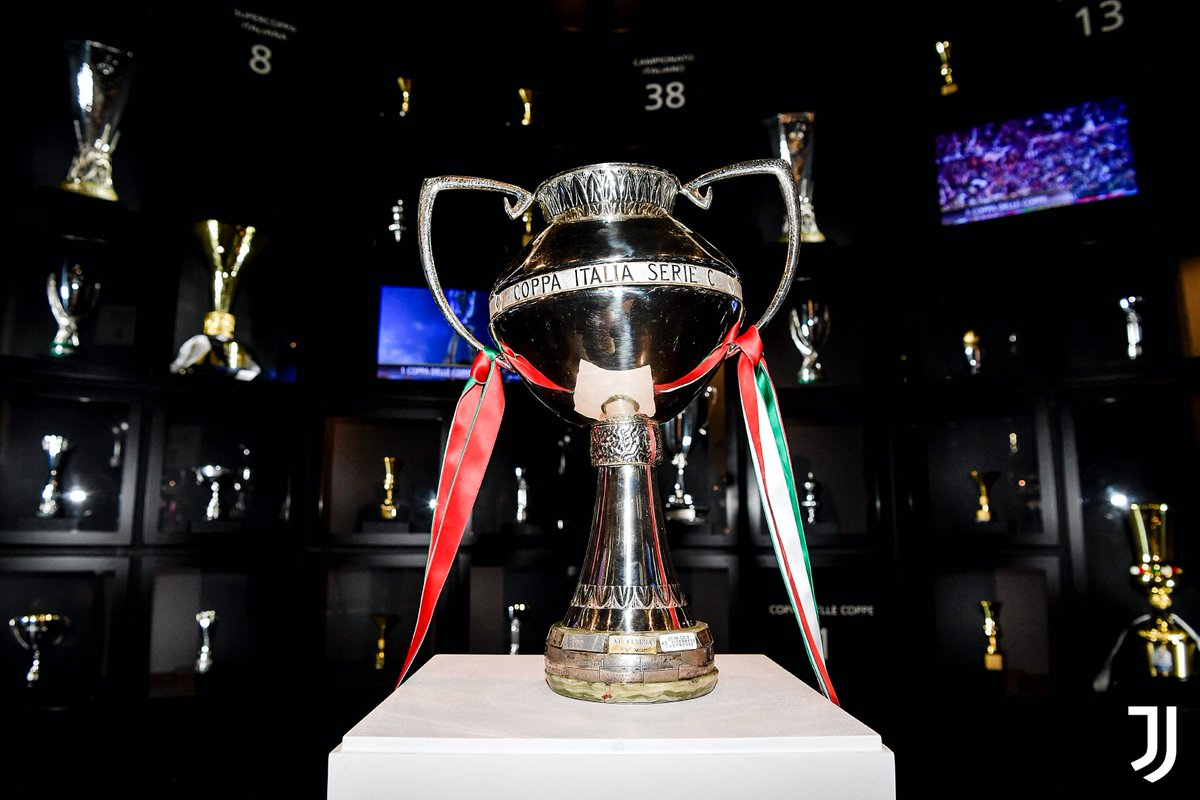 #Under23   La Coppa Italia Serie C è allo #JuventusMuseum! 🏆🇮🇹🏛  Coccolo, Muratore e Zanimacchia hanno consegnato il primo storico trofeo vinto dell'Under 23 ➡️ https://t.co/wgTRQQUmxm  #ForzaJuve https://t.co/kbaElvSXet