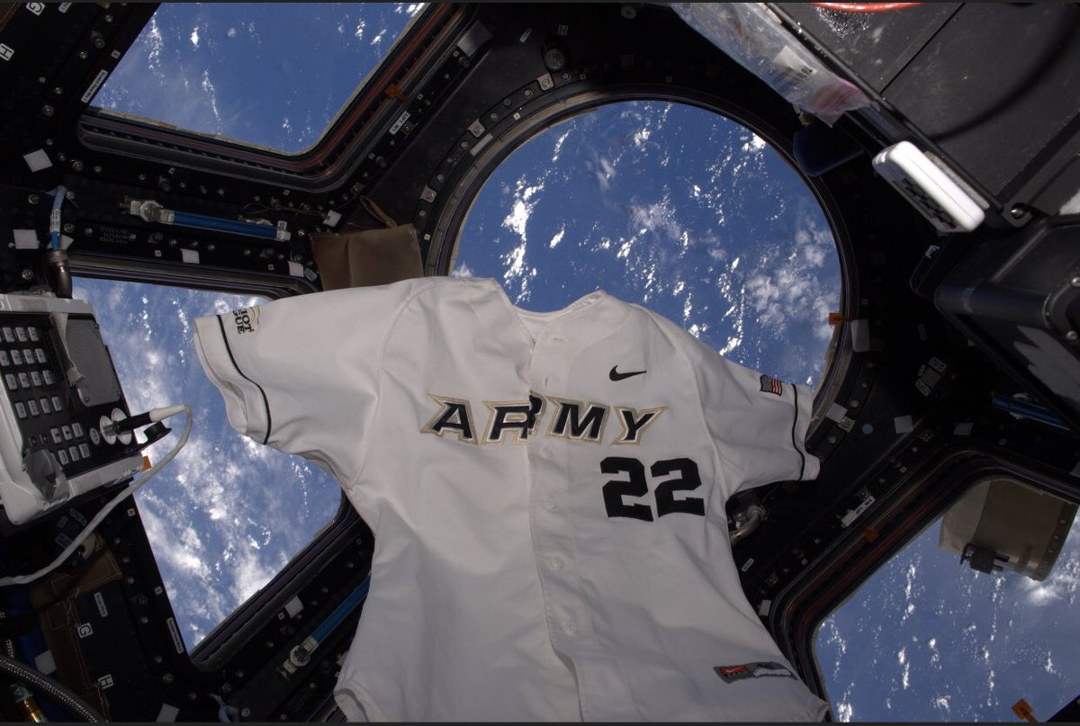 A big congratulations to one of our own!   Former Army Baseball captain @astro_kimbrough will serve as spacecraft commander on @SpaceX's Crew-2 mission in 2021.  📰 https://t.co/t4CbjYi1D9 https://t.co/grlD4h714l