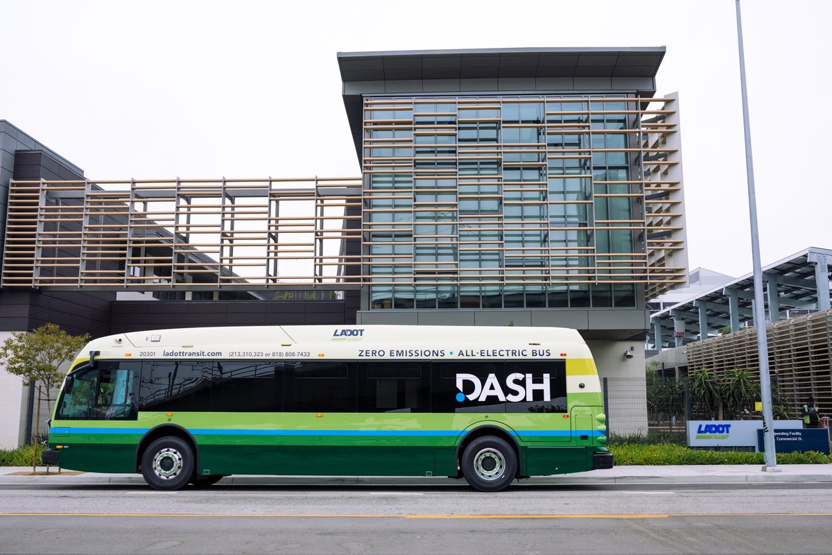 Our zero-emission, all-electric #DASH buses are rolling on to L.A. streets! At LADOT, we are committed to realizing @MayorOfLAs #GreenNewDeal goal to go fully-electric by 2028, reduce our carbon footprint, and provide Angelenos with sustainable transit options.